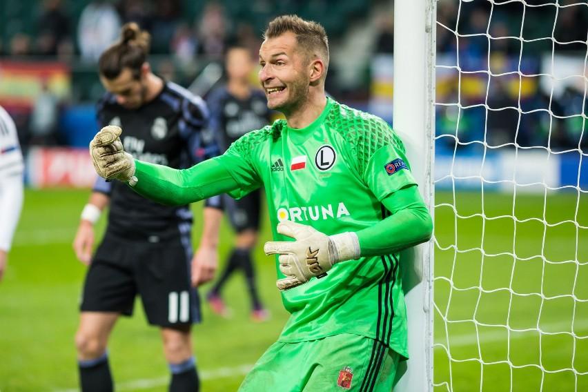 Na zapleczu Ekstraklasy wciąż trwa walka o awans. I liga to...