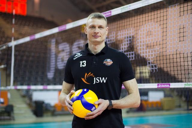 Jeden z najbardziej doświadczonych zawodników w zespole Jastrzębskiego Węgla - Jurij Gladyr - zostaje w klubie na kolejny sezon.