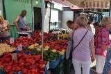 Ceny popularnych owoców i warzyw na bazarach w Kielcach w piątek, 30 lipca. Co zdrożało, a co staniało? [ZDJĘCIA]