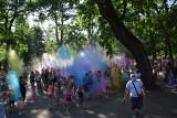 Festiwal kolorów w Zawierciu. Rewelacyjna zabawa w parku miejskim