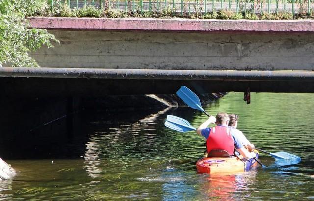 Spływ kajakowy Kanałem Starogrodzkim w piątek, 10 sierpnia.