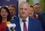 """Lech Kołakowski wraca do klubu PiS. Kaczyński: """"Nawet w rodzinach zdarzają się trudniejsze momenty"""""""