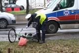 W Łodzi ciężarówka potrąciła rowerzystkę łamiąc jej kości. Kobieta otrzymała zadośćuczynienie