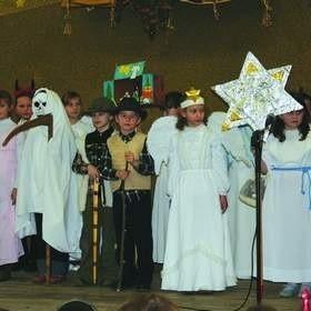 Przed dwoma laty pierwszą nagrodę w Jelonkach zdobył zespół Jaśminki ze Szkoły Podstawowej w Jasienicy.
