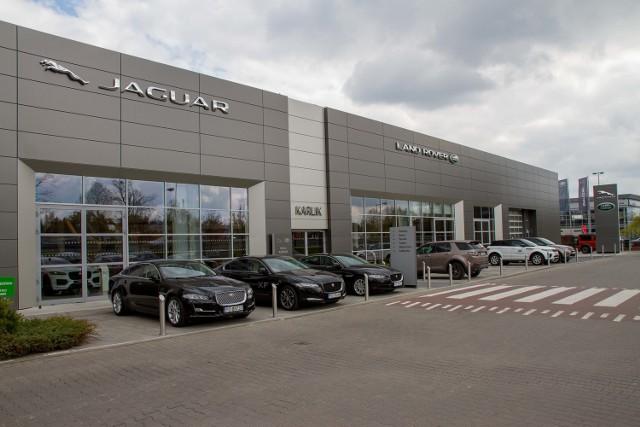 W Baranowie powstał najnowocześniejszy w Polsce salon samochodowy Jaguara i Land Rovera