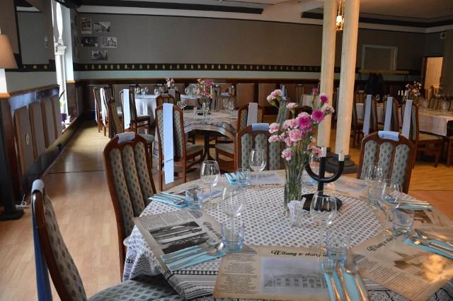 Stara ŁaźniaPlac Więźniów KL Auschwitz 1W restauracji można spróbować dań starego, galicyjskiego Tarnowa. Dominuje jednak kuchnia żydowska, którą znana restauratorka, Magda Gessler określiła za jedną z najlepszych w Polsce