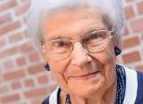 97-letnia Elżbieta Tatarkiewicz-Skrzyńska namawia seniorów do ruchu i do spacerów. Przedstawiamy drugą część ćwiczeń gimnastycznych