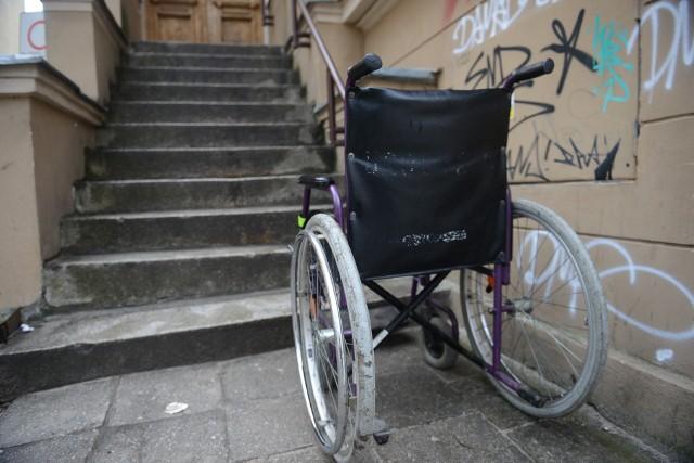 """Członkowie instytutu, który organizuje konsultacje twierdzą, że osoby z niepełnosprawnościami są w Rzeszowie """"spychane na bok"""". Właśnie dlatego powstał pomysł, aby podnieść ich jakość życia"""