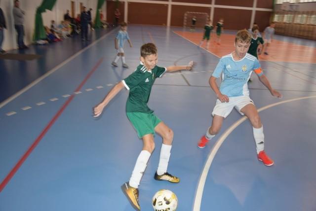 Na mikołajkowym turnieju piłkarskim w Szydłowcu nie brakowało emocji.