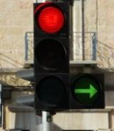 """<a href=""""http://www.mmbialystok.pl/artykul/zielona-strzalka-jechac-czy-stac-164615.html"""" target=""""_blank"""">Zielone strzałki na skrzyżowaniach. Kierowcy: Jest ich za mało.</a>"""