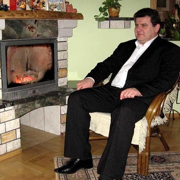 - Nie uważam się za człowieka ani biednego, ani bogatego - mówi Zbigniew Cholewiński. - Wszystko jest w papierach.