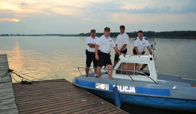 Patrol policji i straży miejskiej w Grudziądzu obserwować będzie nie tylko plażę miejską nad jeziorem Rudnickim, ale też plaże Delfin oraz inne przy tym akwenie. Także jezioro Tarpno