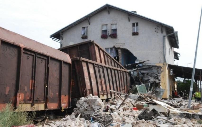 Lokomotywa, która jechała sama, pociąg, który uderzył w...