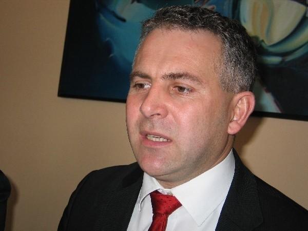 - Chcemy zmian Konstytucji, które usprawniłyby pracę Sejmu i Senatu – mówi Piotr Tomański, poseł PO z Przemyśla.