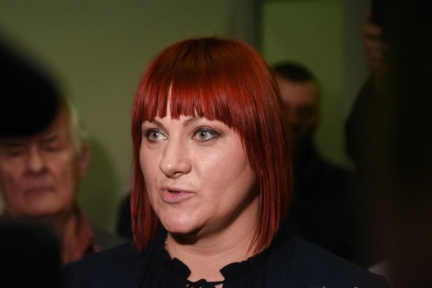 Liderka antyszczpionkowców Justyna Socha zatrzymana przez...