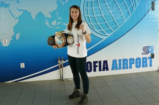 W lutym Iwona zdobyła tytuł zawodowej mistrzyni świata organizacji WAKO Pro. Teraz czeka ją kolejne starcie w zawodowym ringu.