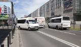 Podróżni szukają busów. Kolejny dzień zamieszania