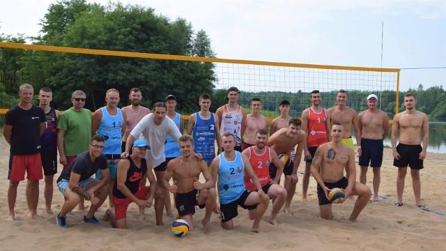 Uczestnicy turnieju na Piachach.