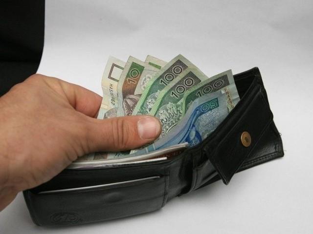 Bezrobotni, którzy zakwalifikują się do programu, dostaną finansowe wsparcie.