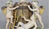 """W Muzeum Ziemi Lubuskiej w Zielonej Górze - wystawa """"Wino, kobieta iśpiew…"""": porcelana z kolekcji, którą Piotr Pudłowski tworzy od 50 lat"""