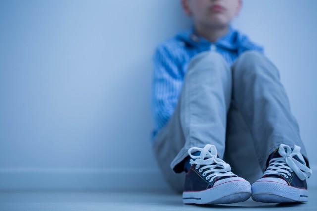 Nie z każdym smutkiem dziecko potrafi sobie samo poradzić. Czasem trzeba zwrócić się o pomoc do specjalisty