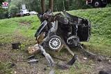 Radzyń Podlaski. Śmiertelny wypadek na DK19 w stronę Kocka. Auto owinęło się na drzewie. Zginął młody kierowca