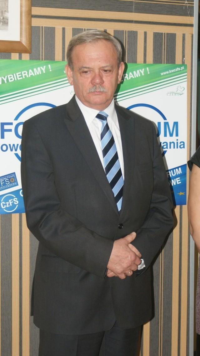 Według ostatnich nieoficjalnych informacji wiadomo, że ustępujący burmistrz Marek Jankowski będzie etatowym członkiem zarządu powiatu.