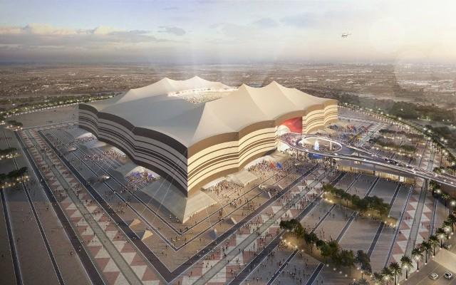 W 2022 roku czeka nas pierwszy mundial, który zostanie rozegrany późną jesienią. Wszystko za sprawą panujących w Katarze upałów. XXII Mistrzostwa Świata rozpoczną się 21 listopada, a zakończą tydzień przed świętami Bożego Narodzenia. Katarczycy przygotują osiem stadionów. Każdy z nich ma wzbudzić zachwyt. Zobaczcie jak będą wyglądały areny MŚ 2022!
