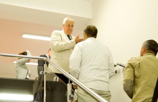 Na uroczystym otwarciu centrum wolontariatu nie było miło. Prezydent Kobyliński spiął się z przedstawicielami organizacji pozarządowych... którym służyć ma obiekt. Interweniowała straż miejska.
