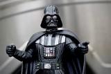 """Zmarł David Prowse, który zagrał w """"Gwiezdnych Wojnach"""" Lorda Vadera. Odszedł w wieku 85 lat"""