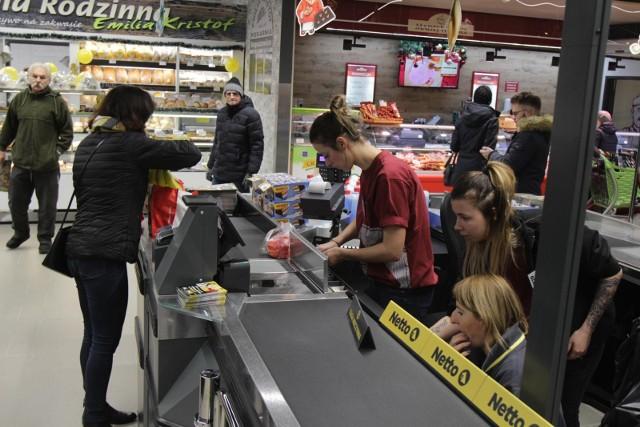 Sieć Netto przejmuje sklepy Tesco w wielu miastach.