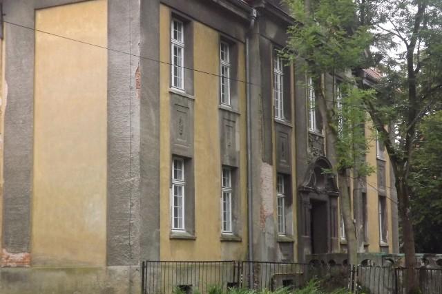 Starostwo Powiatowe w Golubiu-Dobrzyniu planuje modernizację budynku po byłym sądzie grodzkim w Kowalewie Pomorskim na rzecz szkoły muzycznej. Samorząd czeka na przyznanie  kolejnej dotacji z Ministerstwa Kultury i Dziedzictwa Narodowego