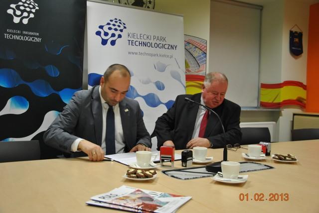 Ze strony Kieleckiego Parku Technologicznego podpisał je dyrektor Szymon Mazurkiewicz a  Świętokrzyski Fundusz Pożyczkowy reprezentował  prezes Ryszard Stępień.