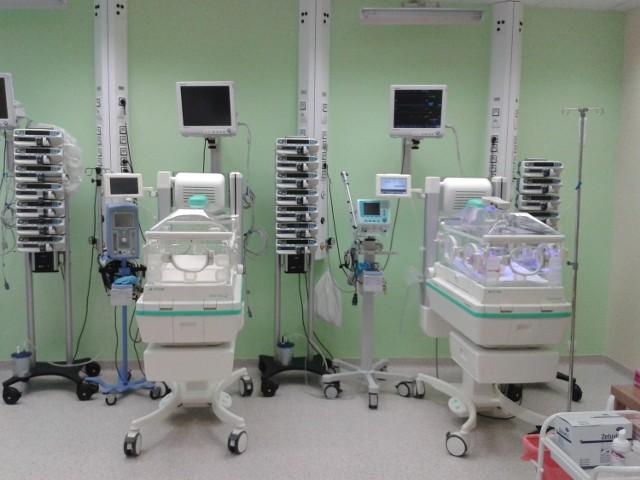 Liderzy Regionu 2012: Świętokrzyskie Centrum Matki i Noworodka w KielcachW ubiegłym roku uruchomiono nowy OIOM neonatologiczny ze stanowiskami do intensywnej terapii i opieki ciągłej nad noworodkami. Wyposażony jest w najnowocześniejszy sprzęt medyczny.