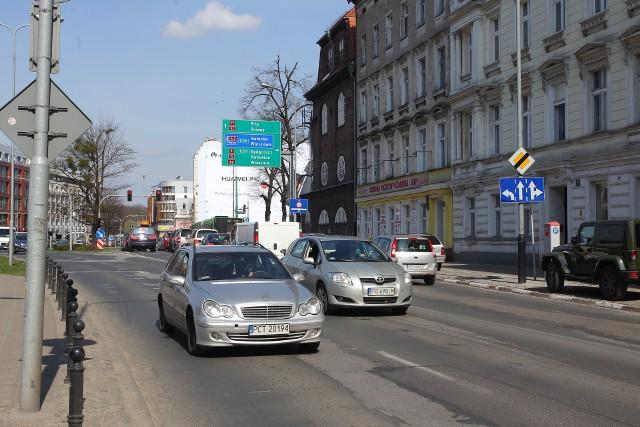Poznań: Buspasy na Garbarach to paraliż komunikacyjny?