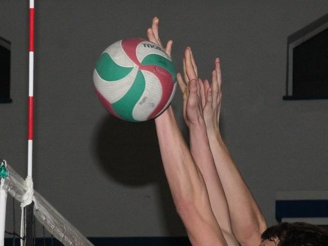 Turniej Siatkówki Żeńskiej wygrały w swoich kategoriach gimnazjalistki z Kwilcza, uczennice międzychodzkiego ekonomika i seniorki z Międzychodu.