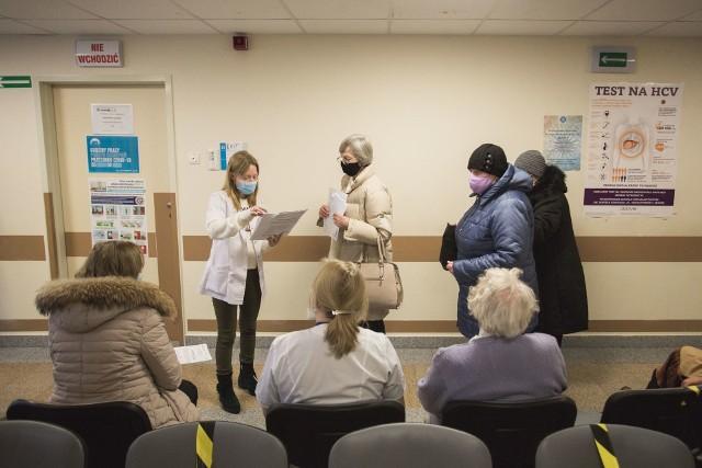 W tym tygodniu w punkcie szczepień w szpitalu zostanie zaszczepionych 210 seniorów.
