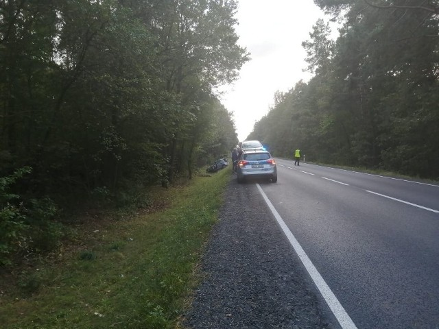 Do wypadku doszło w piątek (24 września) około godziny 14 na DK 91 w okolicach Radomska. Na wysokości Borowiecka zderzyły się dwa samochody.