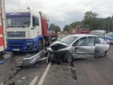 Wypadek w Garbatce. Jedna osoba została poszkodowana [ZDJĘCIA]