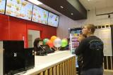 Mr Hamburger w Dąbrowie Górniczej otwarty. To kolejna restauracja sieci fast food założonej w Chorzowie. Dawniej był tam McDonald's