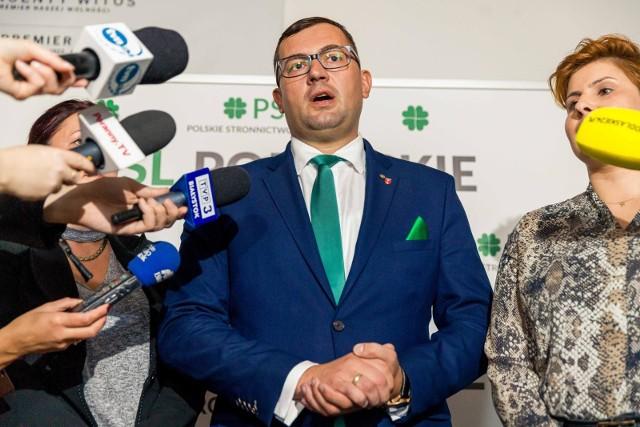 Przez Polskę przetaczają się protesty kobiet. PSL proponuje referendum w sprawie aborcji