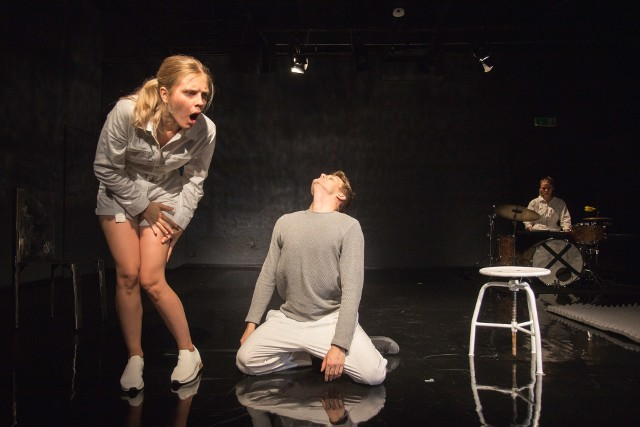 """We """"Wzorze na pole trójkąta"""" zobaczymy ten sam świetny duet Janik-Marcinkowski, co w spektaklu """"M-2"""""""