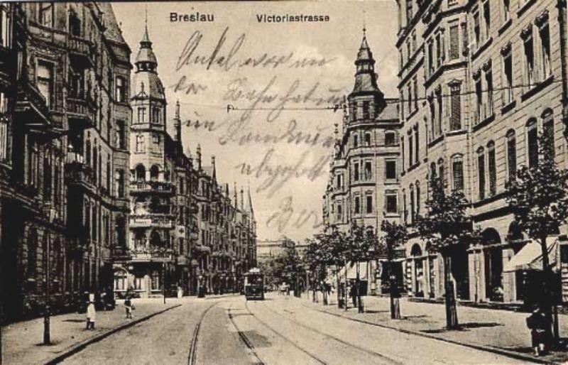 Tak wyglądał nieistniejący dziś fragment ulicy Lwowskiej z...