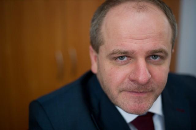 Paweł Kowal, poseł KO: Nie siejcie paniki! Najgorszą rzeczą, jaką można teraz zrobić, to opowiadać, że jesteśmy blisko momentu przekroczenia granicy przez Rosjan