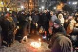 Opolanie w ciszy uczcili zamordowanego Pawła Adamowicza, prezydenta Gdańska