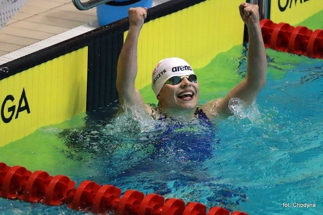 Tak cieszyła się Maja Mikołajczyk po wyścigu na 200 m motylkowym