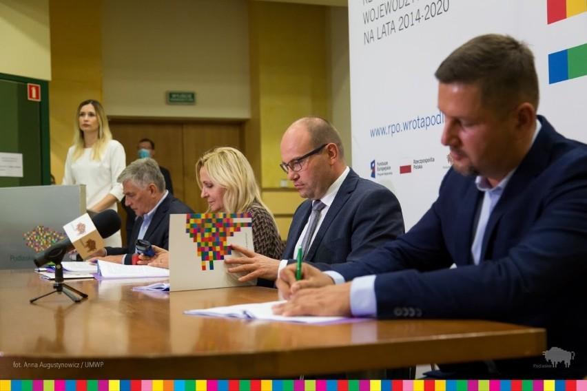 Dzięki unijnemu wsparciu trzy podlaskie firmy wprowadzą na rynek innowacyjne produkty (zdjęcia)