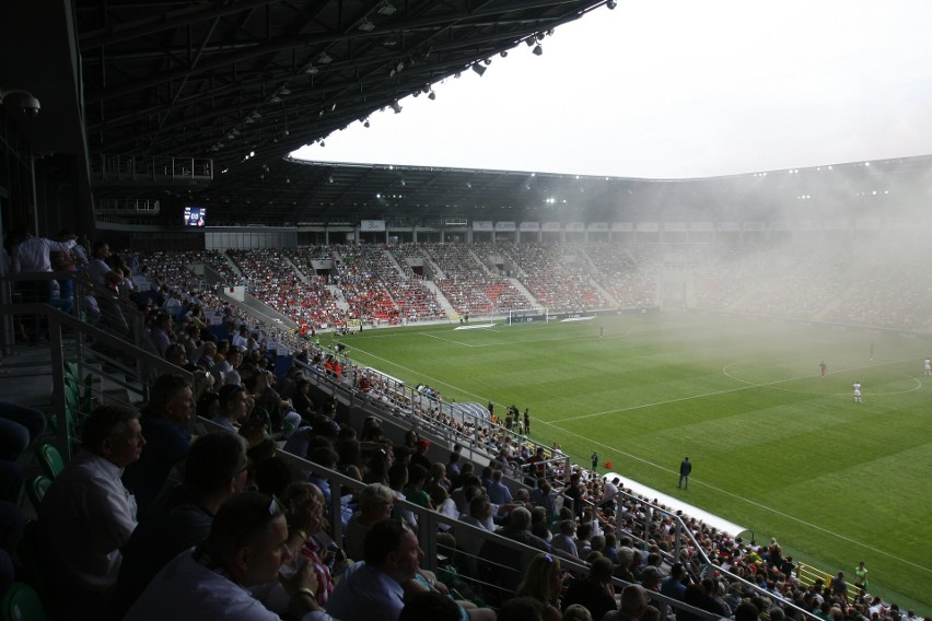 Tak samo jak rok temu do PKO Ekstraklasy awansują trzy...