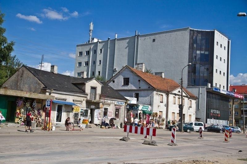Tak od lat niezmiennie wygląda północna część ul. Jurowieckiej
