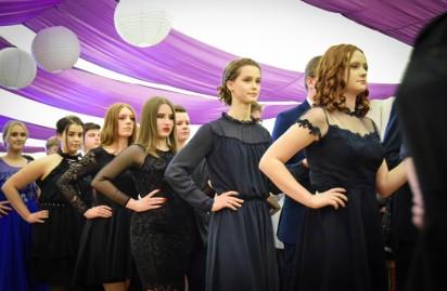 dfe7697cee Bal w Szkole Podstawowej nr 57 w Lublinie Ewa Pajuro. zobacz galerię (39  zdjęć)